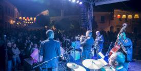 Pezseg a Fő tér! - Szentendrei Jazz- és Borfesztivál