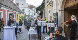 Borkorzó koncertek - Szentendrei Jazz- és Borfesztivál