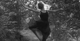 Lélekatlasz - kortárs táncperformansz a Kortárs&Balett Tánccsoport Szentendre előadásában // Barlang, Szentendre Éjjel-Nappal Nyitva